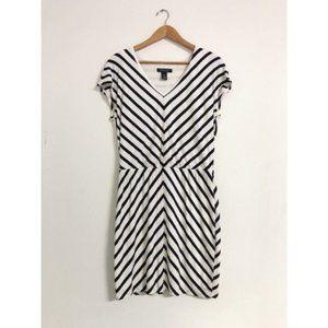 White House Black Market | Chevron Blouson dress